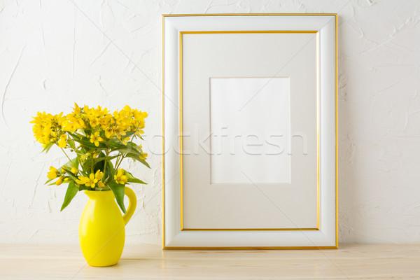 Keret vázlat kicsi sárga virágok stilizált váza Stock fotó © TasiPas