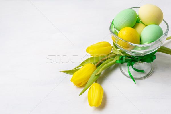 Páscoa verde amarelo pintado ovos vaso Foto stock © TasiPas