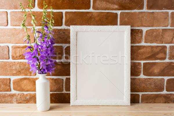 Fehér keret vázlat virágcsokor védtelen tégla Stock fotó © TasiPas