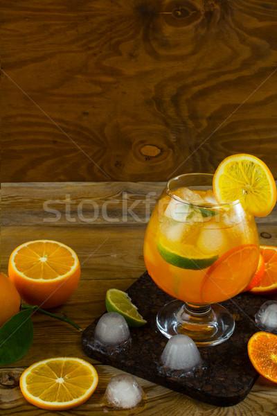Fruits d'été cocktail table en bois espace de copie fruits boire Photo stock © TasiPas