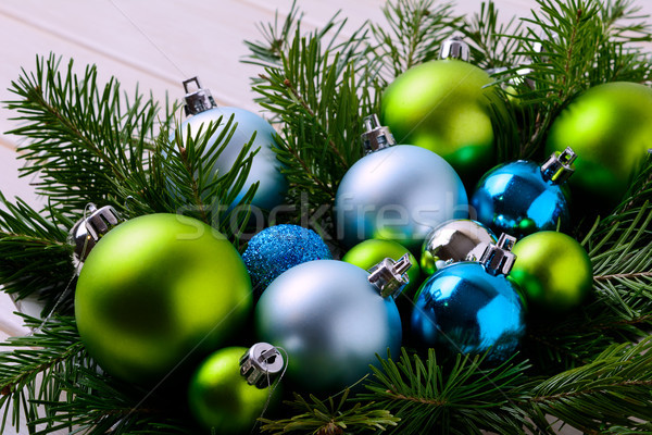 Crăciun albastru verde ornamente petrecere decorare Imagine de stoc © TasiPas