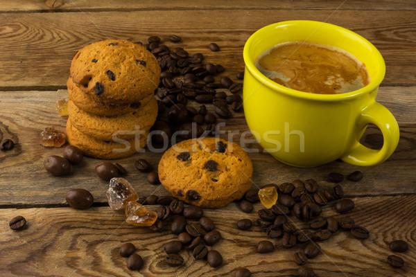Amarelo copo forte café bolinhos manhã Foto stock © TasiPas