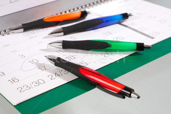 Kalemler takvim kalem yazmak sarı Stok fotoğraf © Tatik22