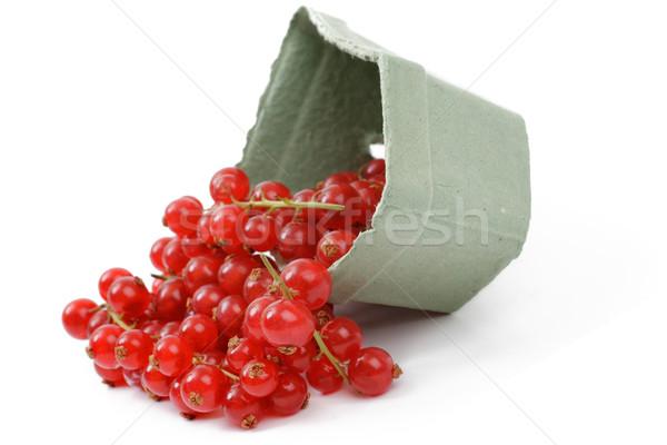 Kırmızı frenk üzümü beyaz yemek çanak parlak Stok fotoğraf © Tatik22
