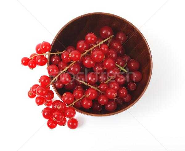 Kırmızı frenk üzümü ahşap fincan beyaz gıda Stok fotoğraf © Tatik22