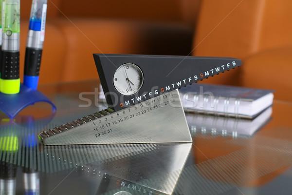 Ongebruikelijk glas tabel Stockfoto © Tatik22
