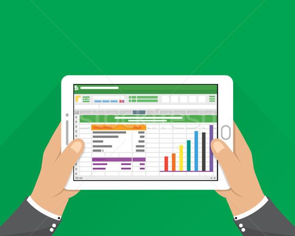 Kéz tart tabletta üzletember olvas táblázat Stock fotó © taufik_al_amin