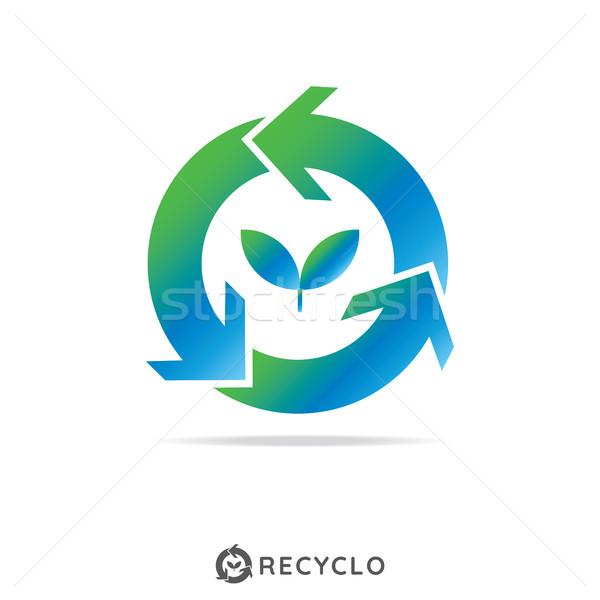 Daire geri dönüşüm büyüme yaprak logo şablon Stok fotoğraf © taufik_al_amin