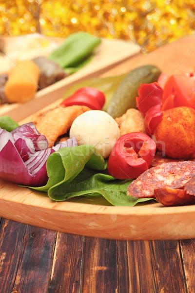 Román hagyományos előétel fából készült tányér piros Stock fotó © taviphoto
