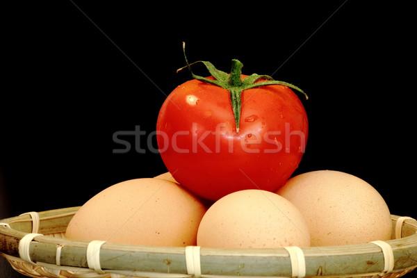 Páscoa preparação ovos cesta escuro fundo Foto stock © taviphoto