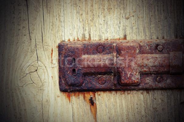 Foto stock: Velho · enferrujado · trancar · enfeitar · porta
