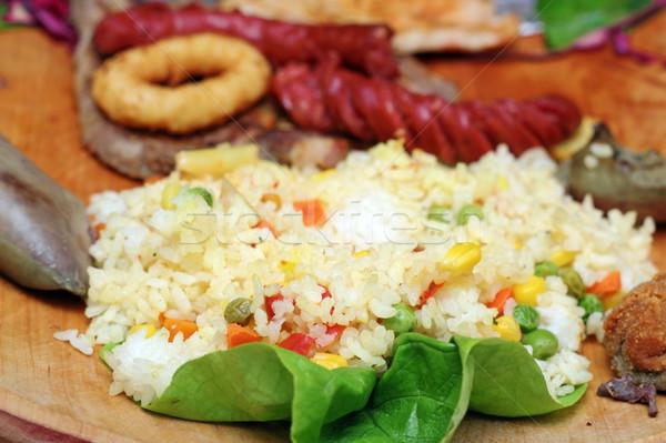 Rijst groenten geserveerd groene salade plaat Stockfoto © taviphoto