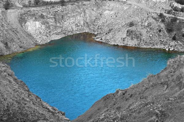 Zümrüt göl mavi terkedilmiş su manzara Stok fotoğraf © taviphoto
