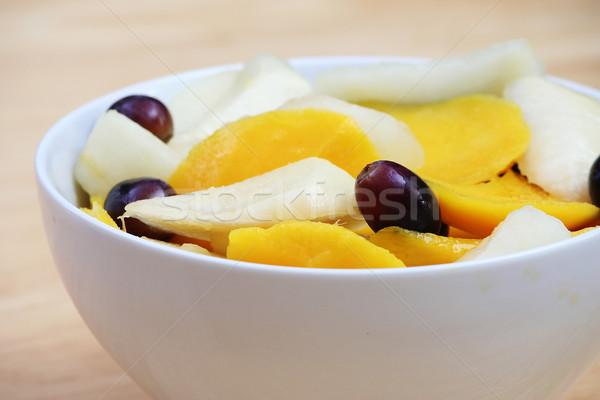 Mango gruszka Sałatka biały puchar winogron Zdjęcia stock © TeamC