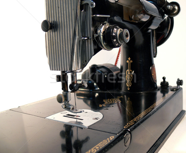 изолированный швейные машины антикварная белый машина ногу Сток-фото © TeamC