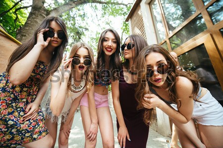 Сток-фото: пять · красивой · молодые · девочек · улице