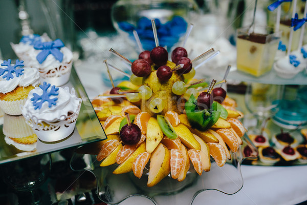 Buffet frutta tropicale wedding banchetto party mela Foto d'archivio © tekso