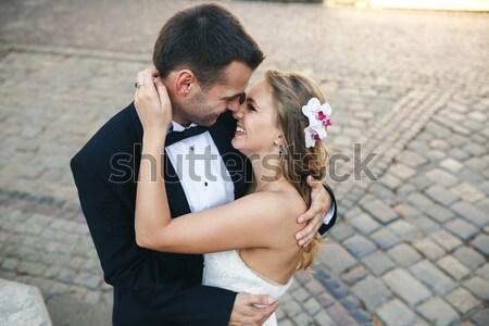 Menina brasão namorado rua mulher cidade Foto stock © tekso
