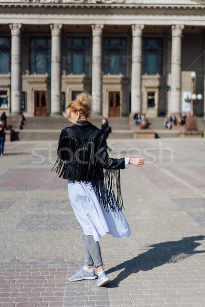 красивой улыбаясь девушки fashionista улице Сток-фото © tekso