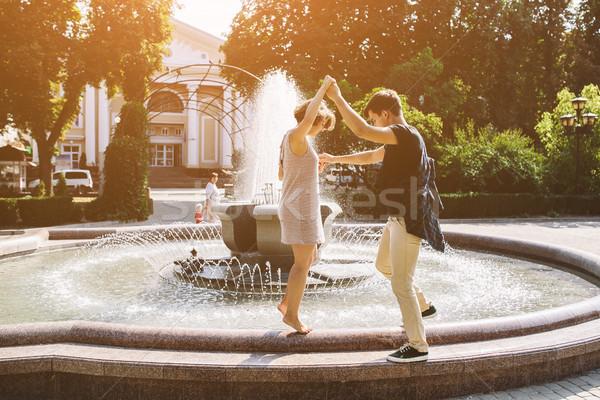 美しい 噴水 公園 愛 ファッション ストックフォト © tekso