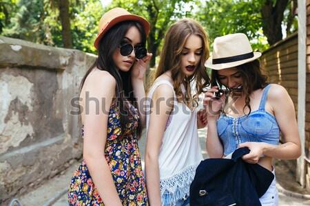 красивой девочек город три молодые ходьбе Сток-фото © tekso
