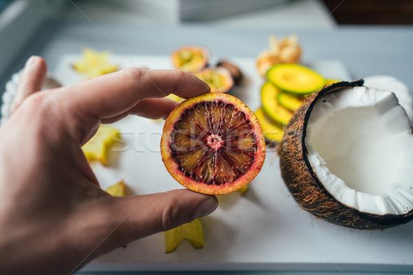 Exotisch vruchten vruchten dienblad licht hand Stockfoto © tekso