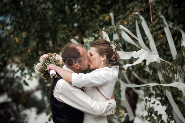 Свадебная церемония красивой невеста жених цветок семьи Сток-фото © tekso