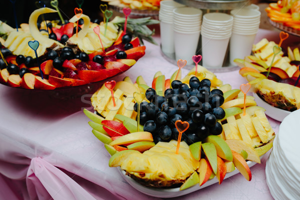 Válogatás egzotikus gyümölcsök egyezség friss különböző Stock fotó © tekso
