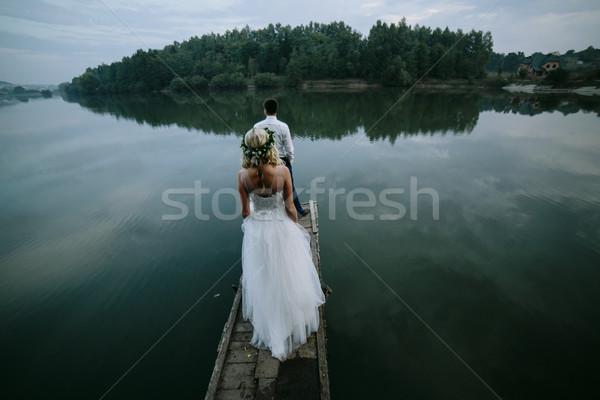 結婚式 カップル 古い 木製 桟橋 ポーズ ストックフォト © tekso