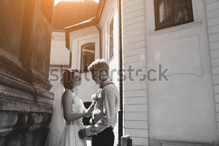 Bruid bruidegom poseren oude straat vrouw Stockfoto © tekso