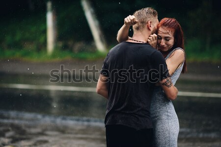 Foto d'archivio: Felice · sposa · lo · sposo · bacio · autunno · foresta
