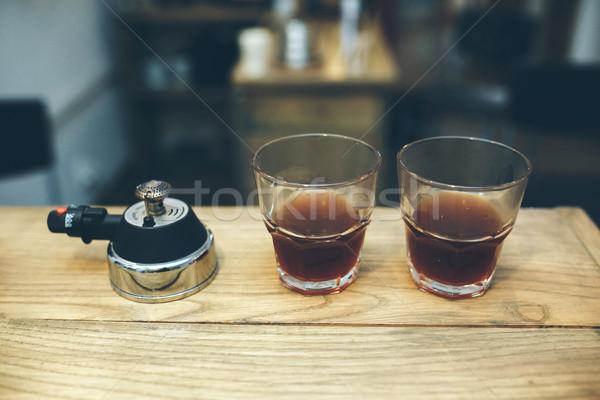 Foto stock: Preparação · vácuo · café · dois · mesa · de · café