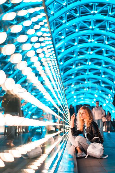 Fiatal nő híd béke éjszaka fények fiatal Stock fotó © tekso