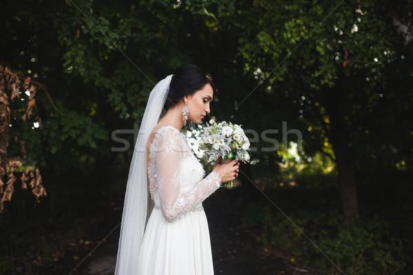 Genç güzel gelin kadın çiçekler kız Stok fotoğraf © tekso