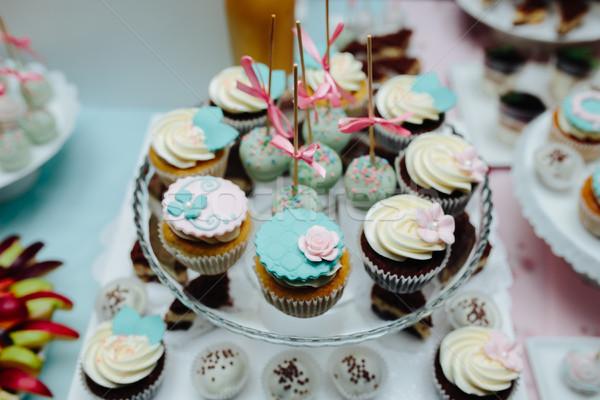 Finom esküvői torta virág esküvő buli csokoládé Stock fotó © tekso
