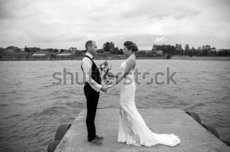 カップル 桟橋 時間 湖 家族 笑顔 ストックフォト © tekso