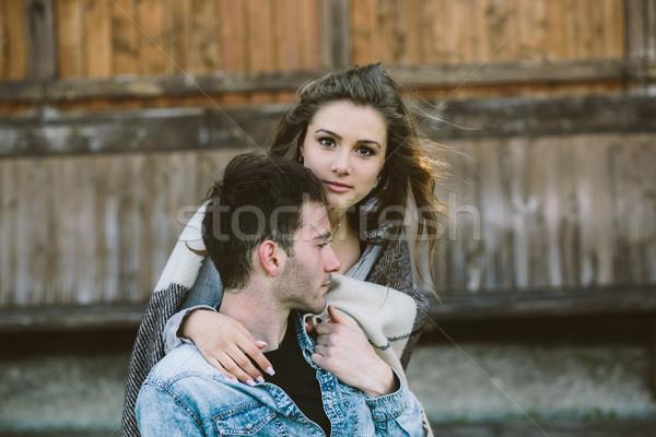 Sevmek ayakta kucaklamak kadın Stok fotoğraf © tekso