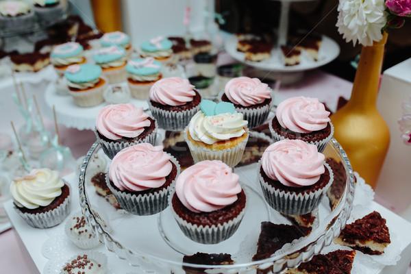 Finom esküvői torta esküvő buli szív csokoládé Stock fotó © tekso