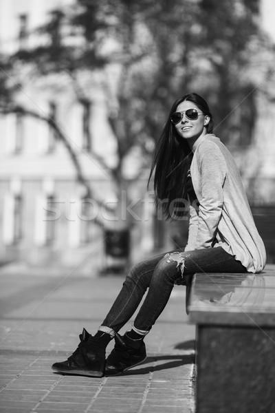 Kız şehir genç kız poz sokak saç Stok fotoğraf © tekso