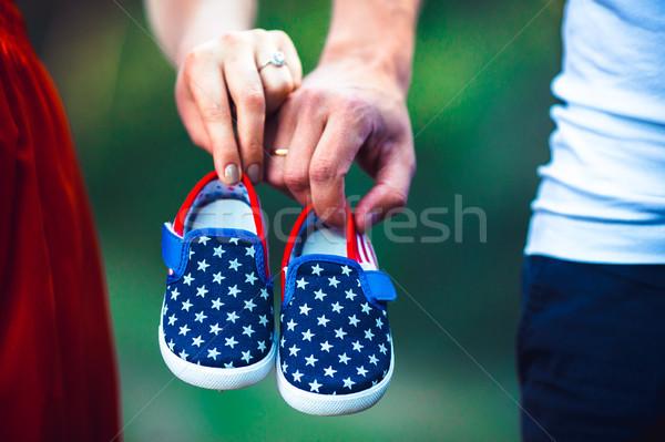 Stock fotó: Feleség · férj · tart · babacipők · terhes · kicsi