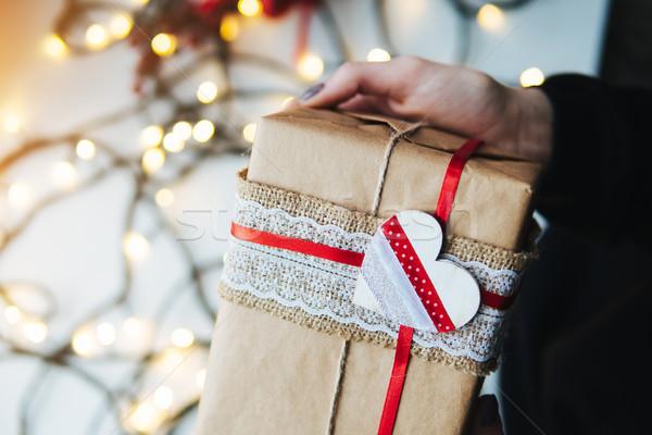 Menina natal dom mão mãos Foto stock © tekso