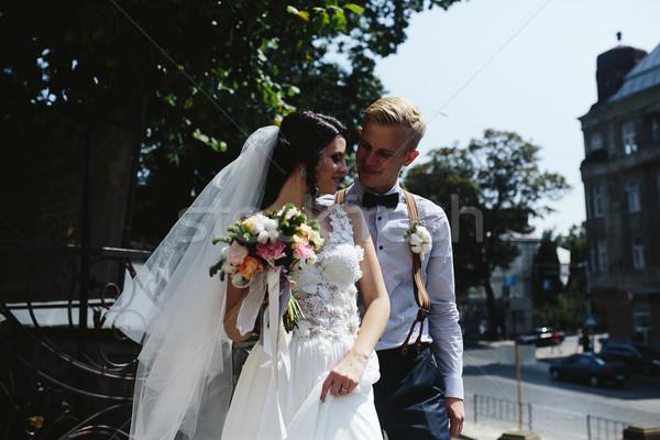 невеста жених позируют улиц старый город женщину Сток-фото © tekso