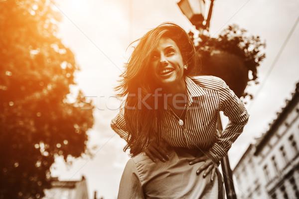Paar leuk stad man vrouw poseren Stockfoto © tekso