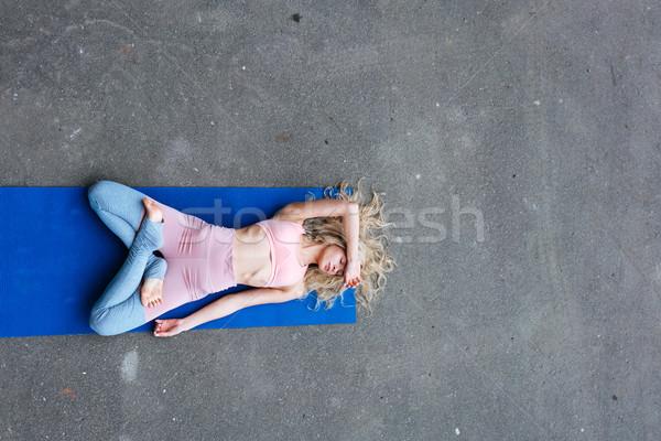 Młodych szczupły blond kobieta jogi Zdjęcia stock © tekso
