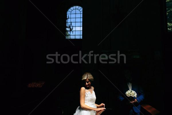 невеста жених свет сидят скамейке Сток-фото © tekso