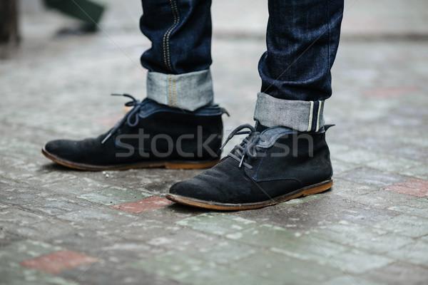 Hombre posando jeans auténtico botas salud Foto stock © tekso