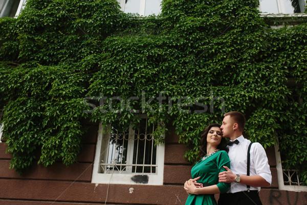 Europese mooie paar poseren straat man Stockfoto © tekso