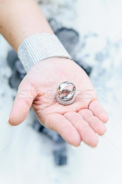 обручальными кольцами стороны невеста красоту кольца белый Сток-фото © tepic