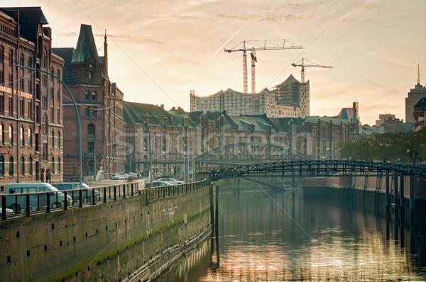 Hamburg hemel kantoor wolken gebouw stad Stockfoto © tepic