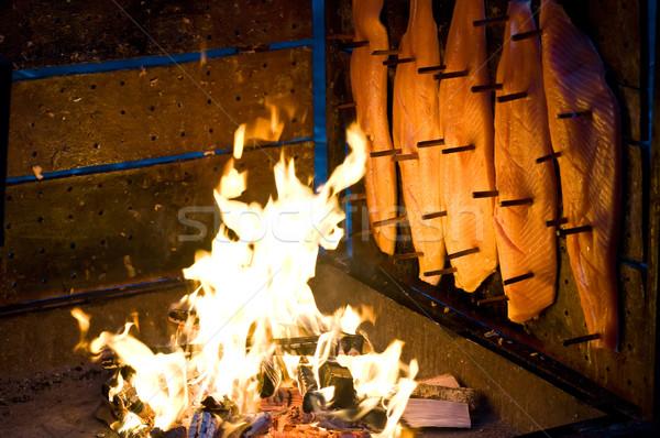 Gerookte zalm gerookt zalm open vuur rook diner Stockfoto © tepic